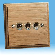Varilight Kilnwood 3 Gang 1 or 2 Way 10A Toggle Switch Oak Finish XKT3O